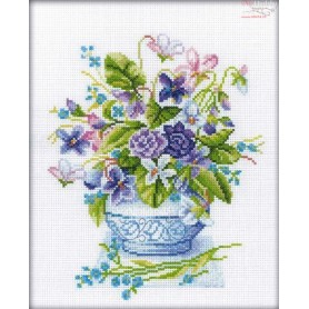 RTO Bouquet in purple tones - Counted Cross Stitch Kit, Art: M279