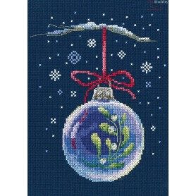 RTO Ball with a sprig of mistletoe - Counted Cross Stitch Kit, Art: C290