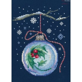 RTO Ball with a sprig of holly - Counted Cross Stitch Kit, Art: C291