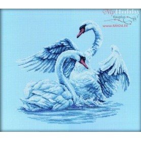 RTO Swan Fidelity - Counted Cross Stitch Kit, Art: M210