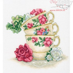 RTO Cup of tea with rose leaves - Counted Cross Stitch Kit, Art: M622