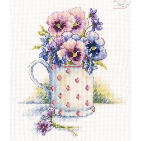 RTO First violets - Counted Cross Stitch Kit, Art: M632