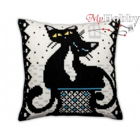 Cross Stitch Cushion Kit Love, Article: 5 382 Collection D'Art - size 40x40 cm.