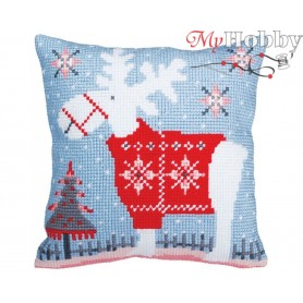 Cross Stitch Cushion Kit Christmas deer, Article: 5 356 Collection D'Art - size 40x40 cm.
