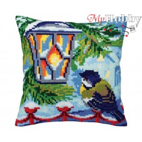 Cross Stitch Cushion Kit Before Christmas, Article: 5 352 Collection D'Art - size 40x40 cm.