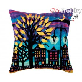 Cross Stitch Cushion Kit Twilight, Article: 5 285 Collection D'Art - size 40x40 cm.