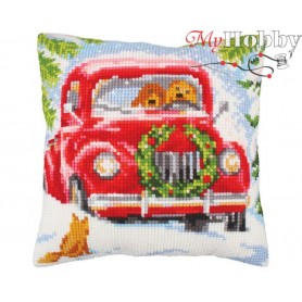 Cross Stitch Cushion Kit Into the woods, Article: 5 243 Collection D'Art - size 40x40 cm.