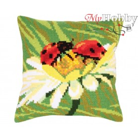 Cross Stitch Cushion Kit Ladybug on camomile, Article: 5 219 Collection D'Art - size 40x40 cm.