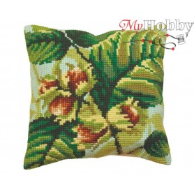 Cross Stitch Cushion Kit Green Wood Summer, Article: 5 089 Collection D'Art - size 40x40 cm.