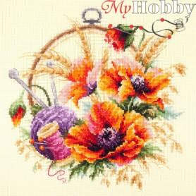 Complete Counted Cross Stitch Kit 'Poppies for Needlewoman' 25 x 25cm - MAGIC NEEDLE art: 100-123